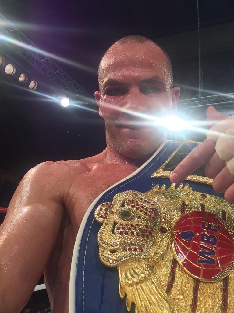 Zmaga! http://t.co/pCBiA9gMLI