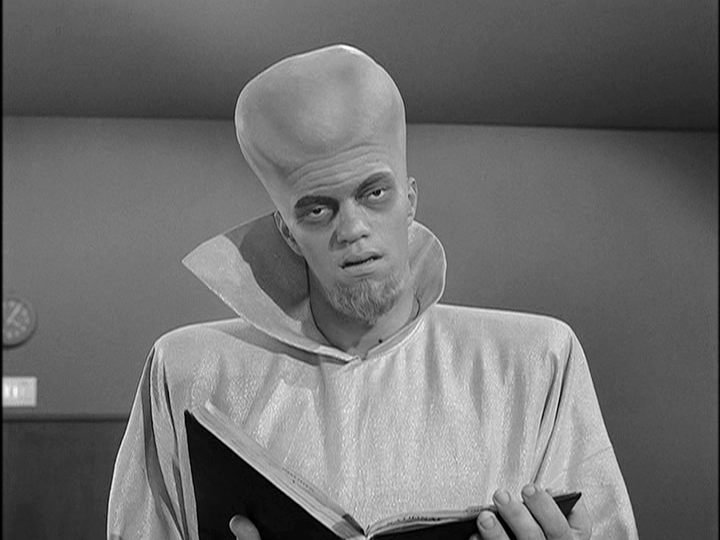 """R.I.P, Richard Bare, director of """"To Serve Man"""", """"Nick of Time"""" and 5 other TZs: http://t.co/rrE2pEQRwu He was 101! http://t.co/VGl5shQijZ"""