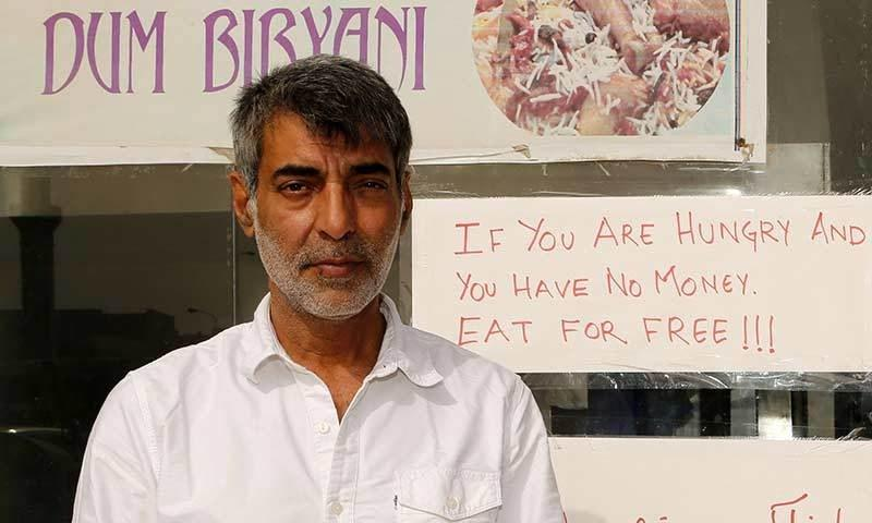 In rich #Qatar, an Indian restaurant lets poor , mostly migrant workers, eat for free: http://t.co/1ClFcAvIz4 http://t.co/20ajjWtdSB