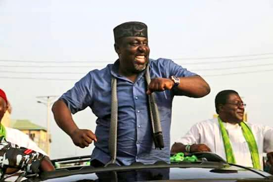 Govnor Rochas Okorocha, Senior Advocate of the Masses.. #imodecides http://t.co/L0b6nY91Gw
