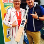 RT @danievdbergh: I scored 26 not out with this bat from @GraemeSmith49 vs SA Media at the Joburg Cricket Club - awesome #hopevillage http:…