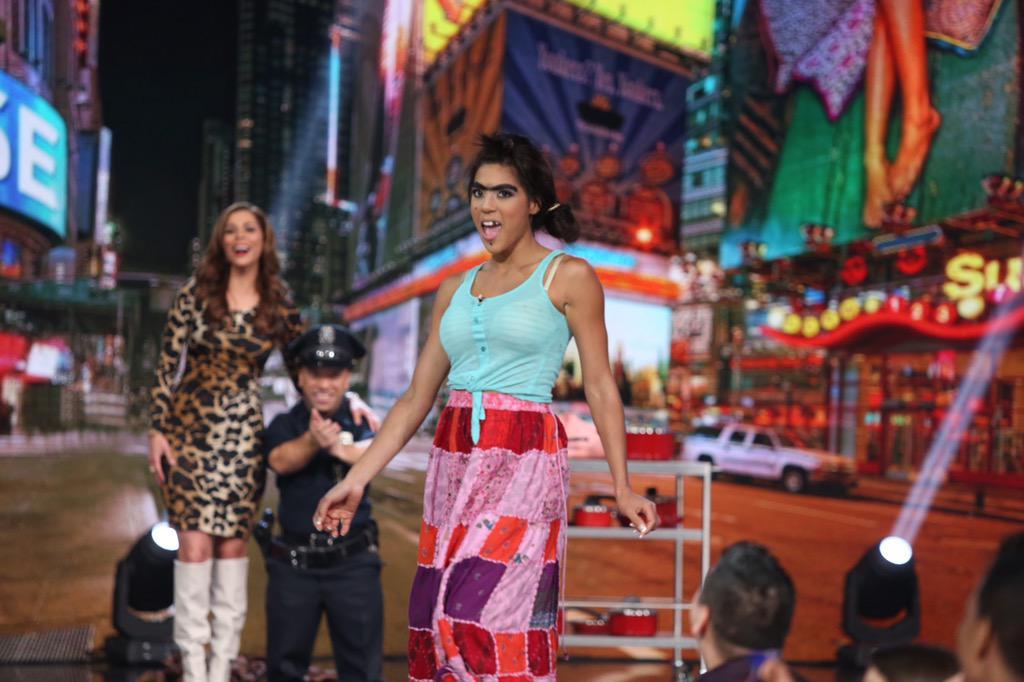 """""""Mela"""" se ha robado el show y el corazón de todos @nuestrabellezalatina #NBLGranFinal #Fan"""