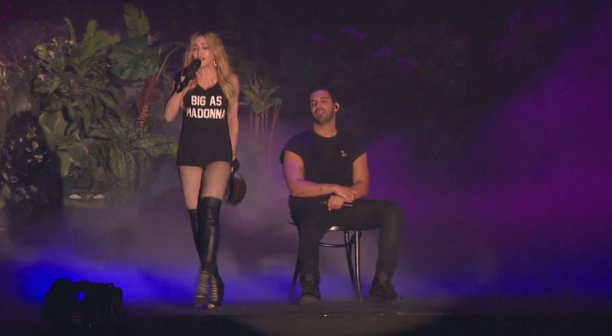 Madonna hung up скачать песню