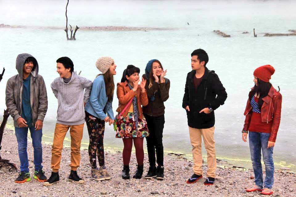 Cassandra Sheryl Lee (@cassandrasleee): Elovii New Series ttg Cinta, Persahabatan, pengorbanan, keteguhan han,Kesetiaan #RainTheSeriesSCTV today SCTV : 17:00 http://t.co/Anvfs8VV8t
