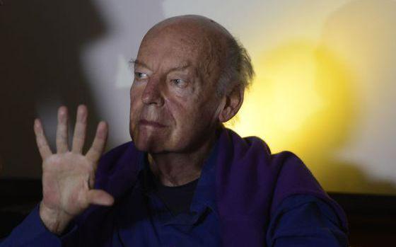 El escritor uruguayo Eduardo Galeano fallece a los 74 años en Montevideo http://t.co/FwKoCfIqLK http://t.co/J85M0Hzs2G