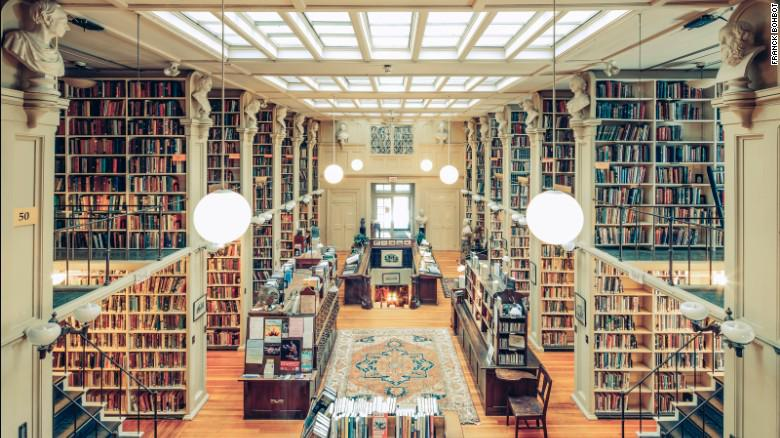No @BPLBoston? MT @CNN @carymemlibrary: 11 of America's most spectacular libraries: http://t.co/cY3CDboU2G http://t.co/ZPezhDOKpt