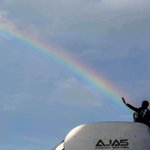 RT @WhiteHouse: Why are there so many photos about rainbows? @PeteSouza takes you behind the lens → https://t.co/10jcsv3ZlQ