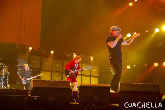 AC/DC vuelven a los escenarios tras 5 años: escucha el primer concierto de su nueva gira http://t.co/xD21AnmhJm http://t.co/wVGxRDTqGc