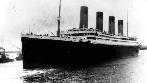 103 years ago today RMS Titanic hit an iceberg 600 km south of Newfoundland and sank to the bottom of the Atlantic. http://t.co/1imhS1Nihs