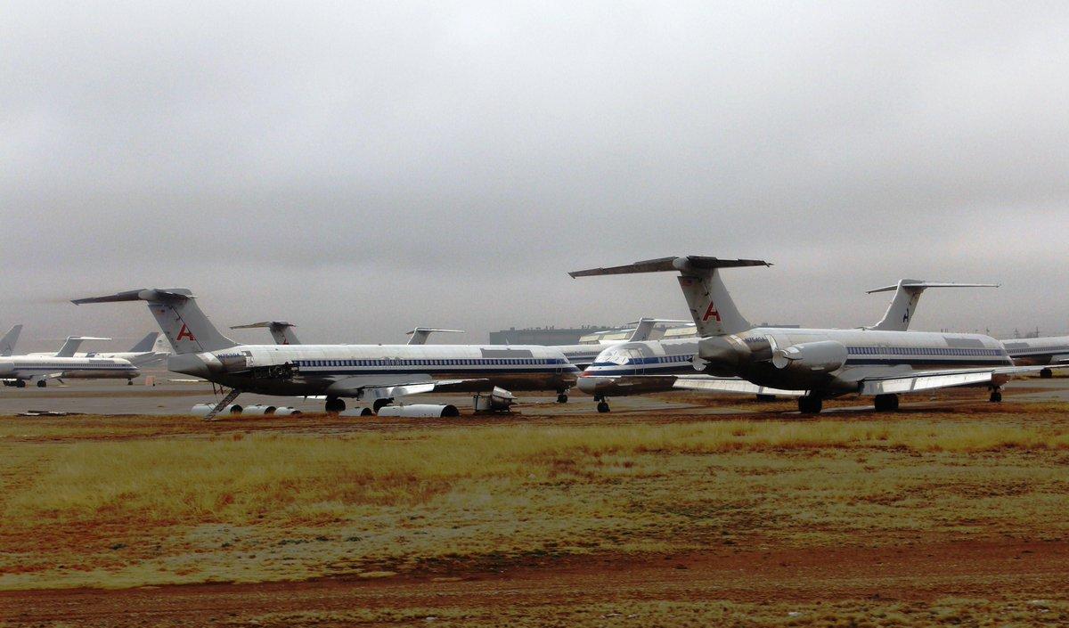 71k hours of flight time.  Over 31k takeoffs & landings.  See N595AA's final flight: