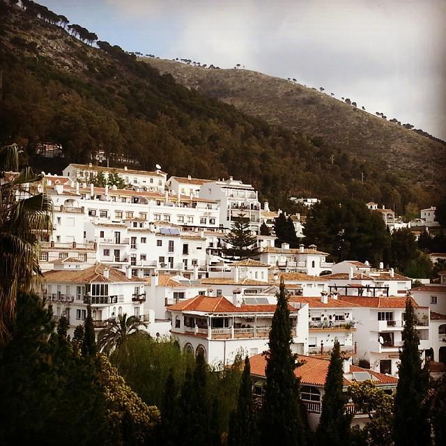 Buenos dias desde Mijas RT @boqueronviajero: @devourmalaga @WelcomeToMalaga @lovingmalaga @devourspain  @costawomen http://t.co/SRobzItfls