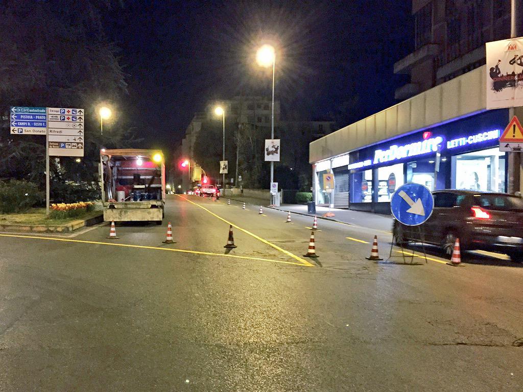 """RT @ferraro_filippo: #Tramvia #Linea2 Comincia come previsto cantiere B1 San Donato Allestimento in corso alla rotonda di Novoli @comunefi …<a target=""""_blank"""" href=""""http://t.co/yWTRiWhhja""""><br><b>Vai a Twitter<b></a>"""