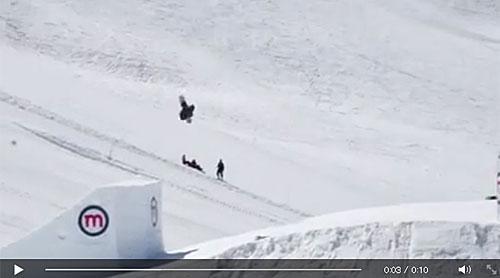 【速報!!】 史上初バックサイド クアッドコーク1800がメイク!!!!!!!!! ビリー・モーガン  記事(動画あり)⇒ http://t.co/0LOe0FJvOz  #snowpark #スノーボード http://t.co/pUjUu1BZu8