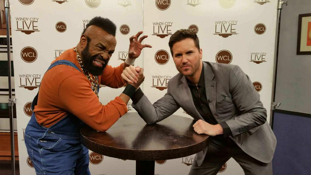 One of my fav shows ever was w my childhood hero @MrT . He is as cool, humble, & friendly as I hoped! #Ateam #Rocky3 http://t.co/sxOwdi8MXY