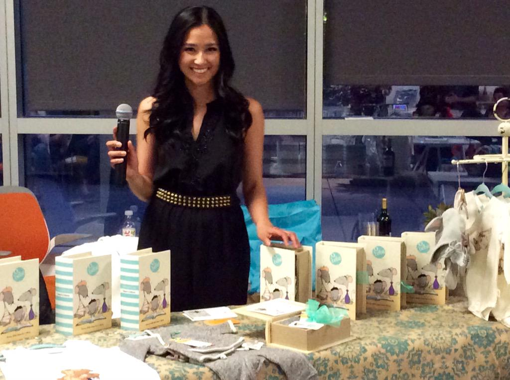 heartwarming + stylish organic products brought to you by @obebeorganic at #SheTalksForum http://t.co/aLj8AqSLwX
