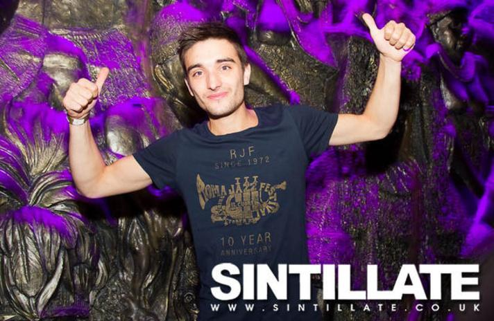 #TBT The brilliant @TomParker partying with @SINTILLATE at Shaka Zulu in 2012. http://t.co/AY1lL691uZ