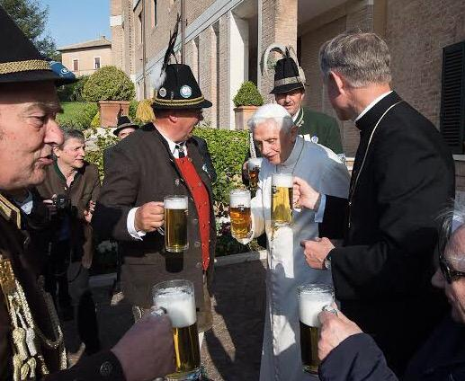 Pope Benedict celebrating his birthday Bavarian style with a few brews at his residence at the Vatican today. http://t.co/e36cCl2jn3