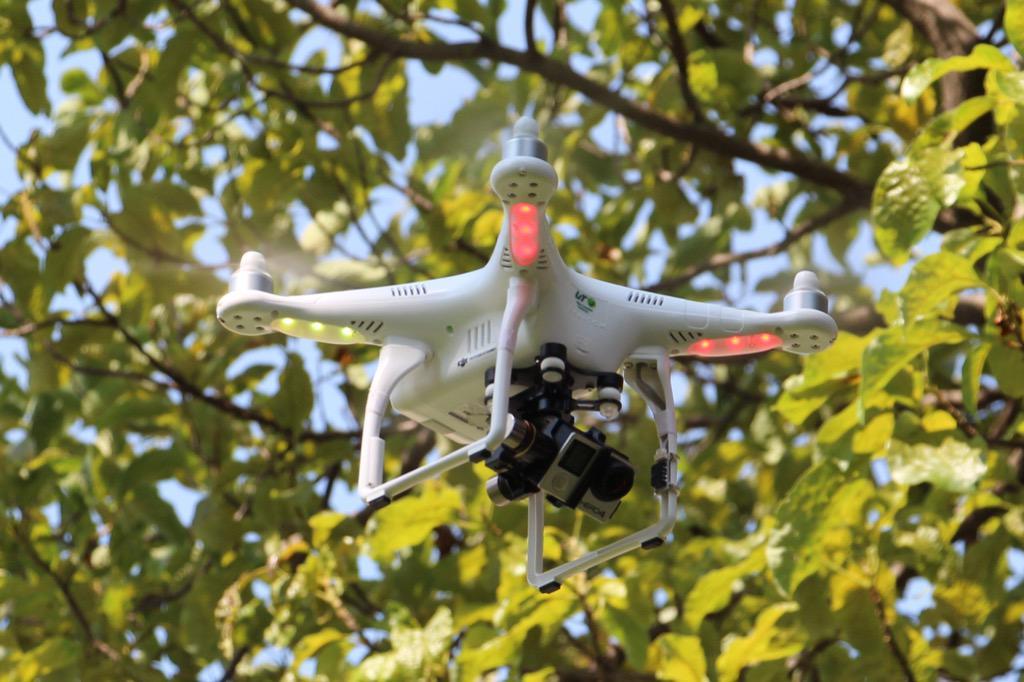 Drone en el Encuentro de Incubadoras RISUTyP 2015 @utvco @CIDEV_UTVCO http://t.co/Wsj63bWM8k