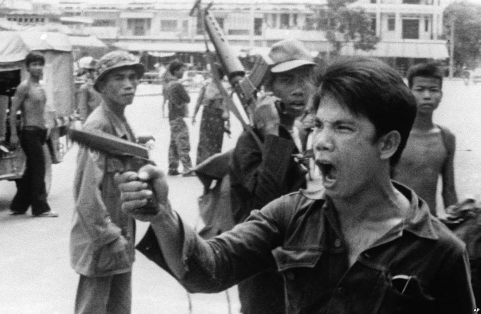 #Cambodia: Do you remember the fall of #PhnomPenh 40 years ago? https://t.co/8gIOdXtNfB #KhmerRouge40 #khmerrouge http://t.co/hRwhWUJoXd