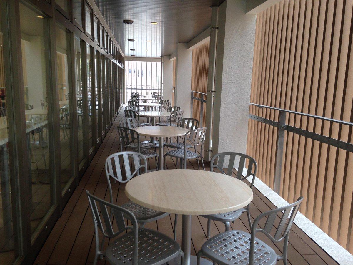 【食堂グランドオープンのお知らせ】 4/21(火)10時半より工学部の生協食堂がグランドオープンします!新しくなる工学部生協・食堂へぜひお越しください。さんま1尾98円(税込)>゜))彡セールやります http://t.co/4VHYA2Av4Q