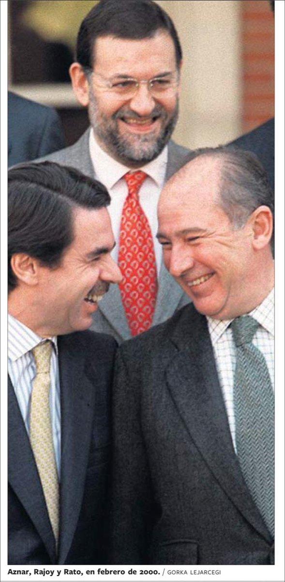 Hay imágenes que valen más que mil palabras. Y luego está la foto de Gorka Lejarcegi que hoy recupera 'El País'. http://t.co/IOK4ca6Rhh