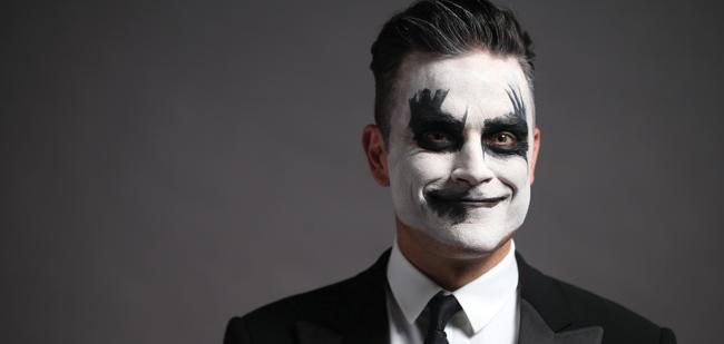 He may be Misunderstood but there's No Regrets. Now, he just wants to say, Let Me Entertain You. #RobbieWilliams http://t.co/gxhf0YQ60r