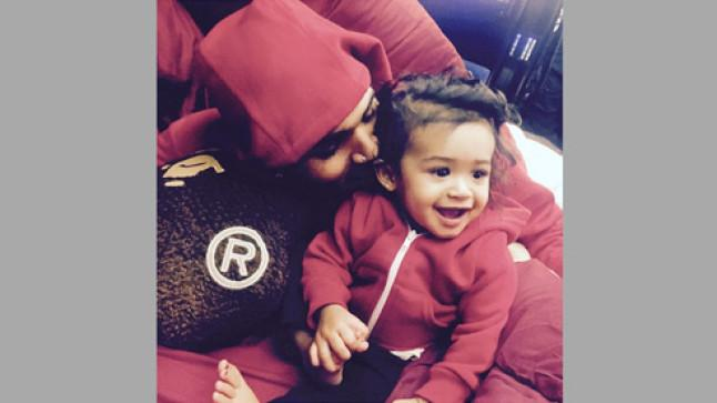 Chris Brown shares first adorable picture with daughter Royalty