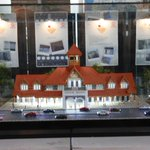 A cute model of Bandra railway station in #Mumbai at the ongoing exhibition on platform1 #IR162 http://t.co/cPrgy4RBfd