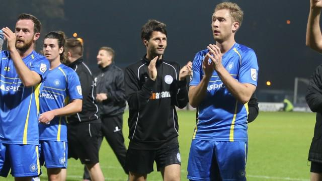 BREAKING NEWS: Concord manager Danny Cowley to take over at Braintree Town – http://t.co/CT78aSrw32 http://t.co/ot7H8mfEOA