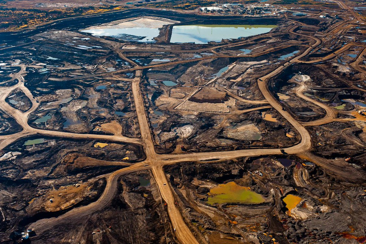 Sierra the latest environment charity targeted by Revenue Canada http://t.co/gfx1JkCz3g @ElizabethMay #ABpoli #BCPoli http://t.co/b2gsDPfIqU