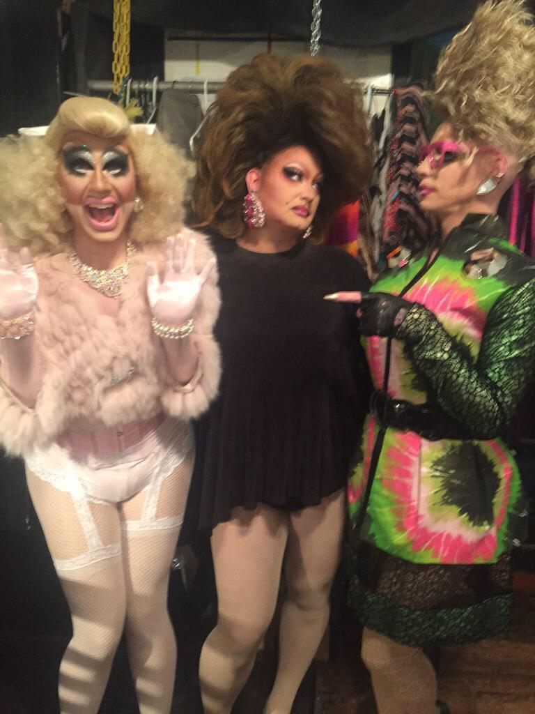 another incredible event by @HardCandyKy ! @TheDragPrincess  @trixiemattel  Here's my favorite photo of the night: http://t.co/pOZYkJfDps