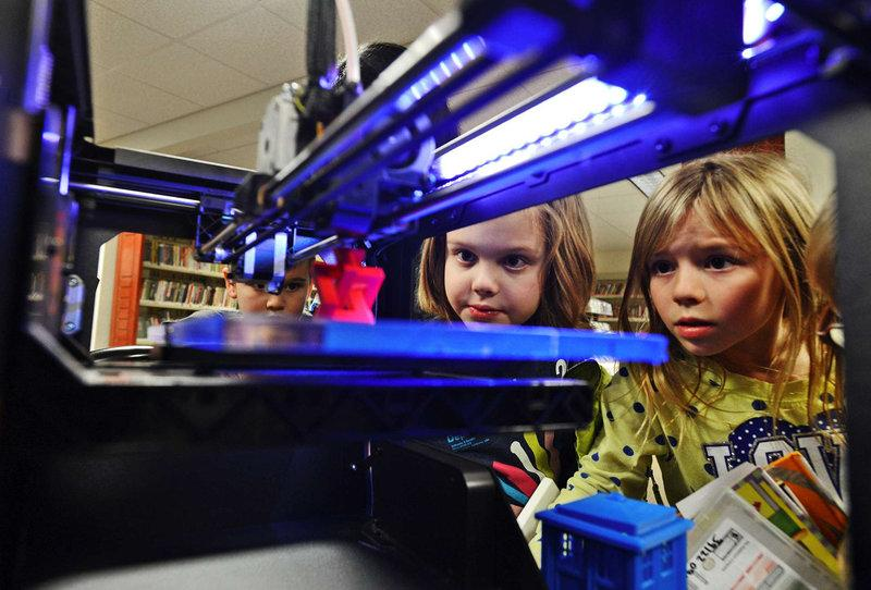 Public libraries in US set up 3D printers for public use. http://t.co/WnalQMFCWQ #3dprinting http://t.co/v5XwkCwaG5