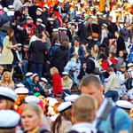 Hauskaa Vappua! In Finland, May 1st  is a day of celebration – wear your graduation hat & spend the day at the park! http://t.co/qvu2A5QOtC
