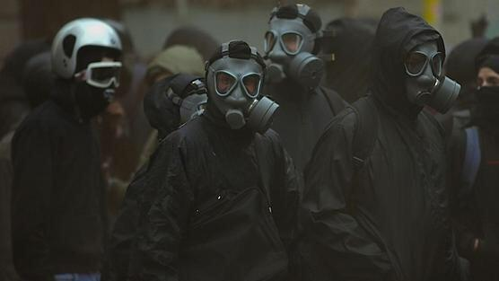 «In quest'epoca di pazzi ci mancavano gli idioti dell'orrore...» #noexpo Arrestarli, no? @Corriereit http://t.co/PpAc14yllQ