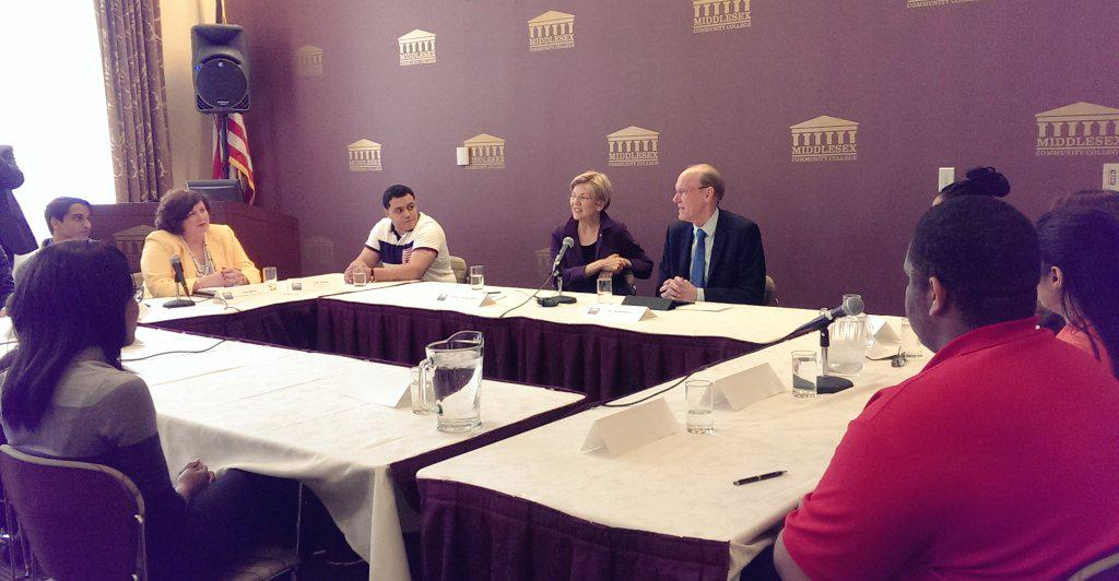 .@SenWarren discusses the impact higher education has on first-generation college students and their families. http://t.co/vmF9Lt1lEh