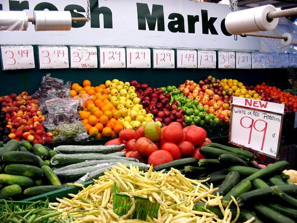 Ottawa's weekly farmers' markets are back! Here's a list of openings over the next 2 weeks: http://t.co/vv9nPw30Ip http://t.co/dCjp3GEb8Y