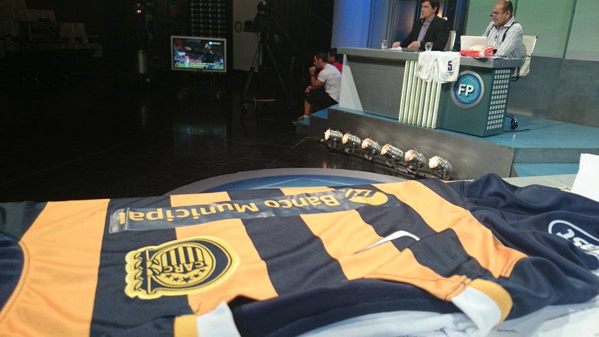 Diego Brancatelli (@diegobranca): Mi vista... En @FutbolPermitido  @TV_Publica http://t.co/JDrBVyp4Bv