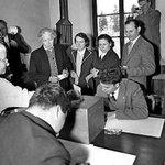 Le 20 avril 1959: en première suisse, des Vaudoises ont voté http://t.co/tKDPWfbEWq http://t.co/elbnHE26SD