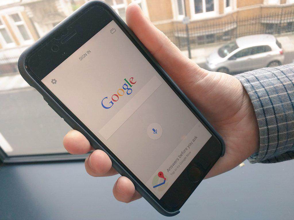Google is changing its algorithms tomorrow - does your site pass the mobile friendly test?  http://t.co/lKnhOojlJK http://t.co/uL1cwNP01b