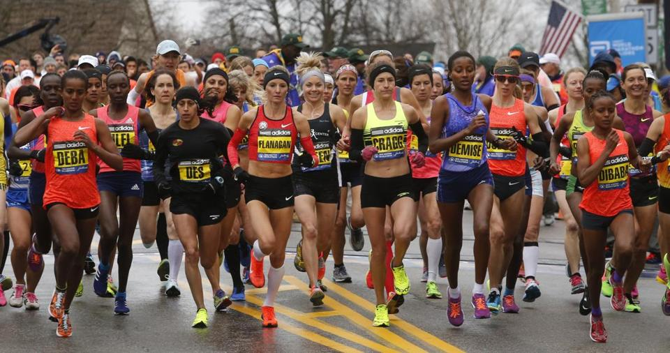 Good luck to all of the 2015 #BostonMarathon runners today! @BostonGlobe: http://t.co/XySluKqo1s http://t.co/XtnVIAZQb3