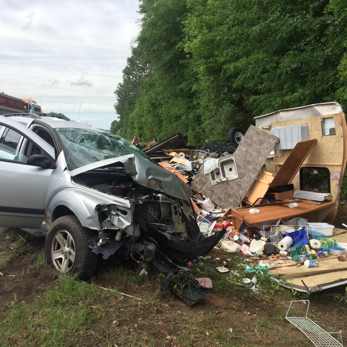 Suv Towing A Travel Trailer Flips On I Causing A Road Block In