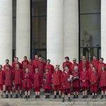 Des Lilliputiens à #Nantes et Molière impassible dans le théâtre graslin #RoyaldeLuxe http://t.co/ukCVeoAQvv