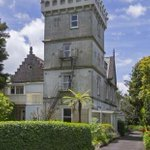 Now for sale in Auckland... a castle: http://t.co/DQiqcqR5LG http://t.co/YgHReY95tx