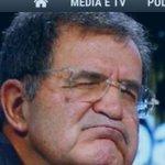 @Storace secondo te che fa Prodi in questa? 1:pensa 2:dorme 3:se cadesse ora Renzi può darsi che mi chiamano http://t.co/56ufnrxrDJ
