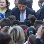 Riforma della scuola, per evitare lo sciopero Renzi scriverà ai prof http://t.co/hWClCQaO94 http://t.co/W1PKuHIzXp