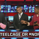 What was the better stipulation for #ExtremeRules? #SteelCage or #NoRKO? Tweet us to tell us! #RAWPreShow http://t.co/bhFEoX4lNI