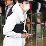 GOT7 ヨンジェ、「KCON 2015 Japan」公演のため日本へ(21日、金浦空港) http://t.co/6vXPg11aEM