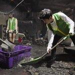 INFINITE ソンジョンは20日、釜山の放火犯罪被害現場を訪れ、ボランティアたちと一緒に被害現場を清掃する活動を行った。 http://t.co/Pket6cY93v