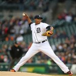 Tigers grind out 2-1 win over Yankees. Detroit has best record in MLB (11-2). • Alfredo Simon: 7.1 IP, 1 ER, 7 K http://t.co/HUKKUwp5S0