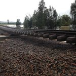 #HunterLine remains closed due to flooding. Urgent track repair underway near Dungog. More: http://t.co/QF0Y2FHdtz http://t.co/RUJyR1zbOx